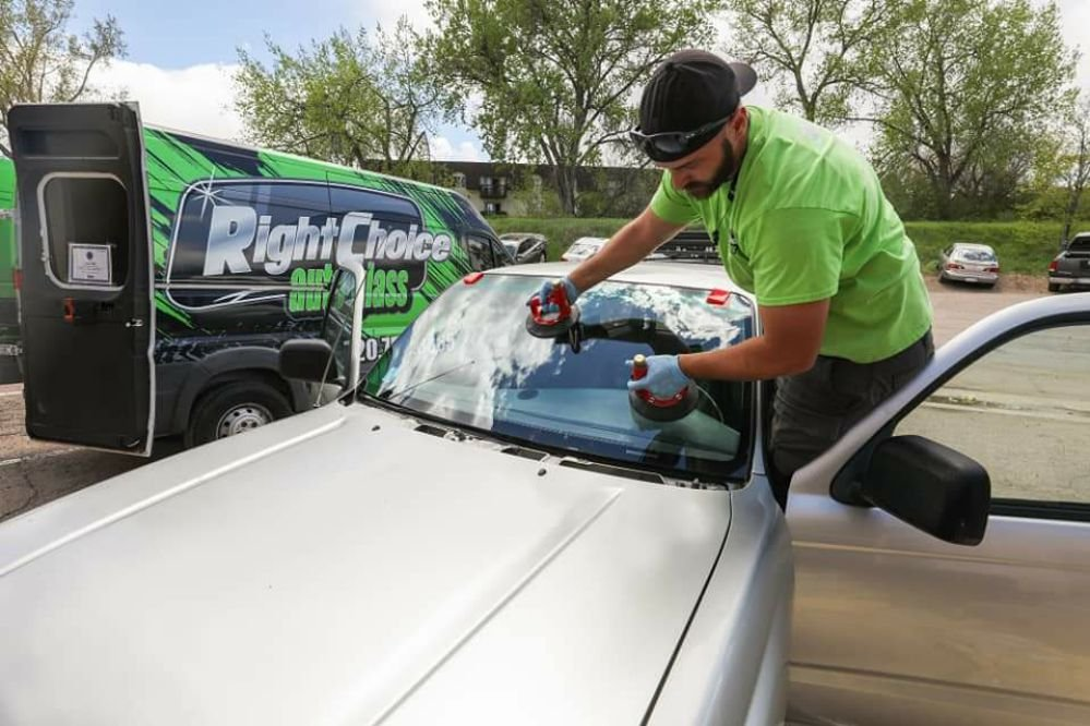 Windshield installation by Right Choice Auto Glass